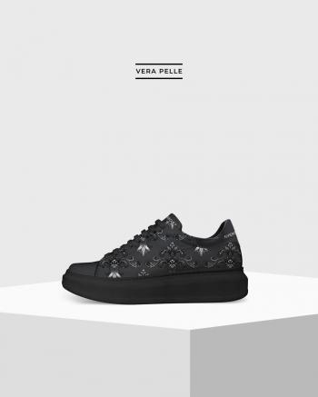 Walk On Black Royal Black